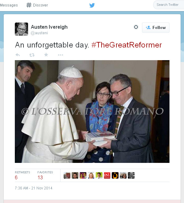 Dr. Ivereigh presents his book to Pope Francis: Friday Nov 21, 2014.