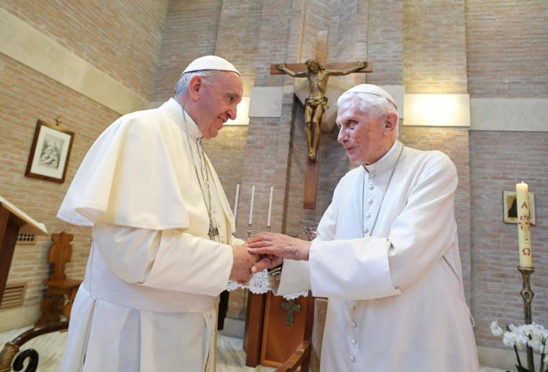 20170628T1340-1654-CNS-POPE-CARDINALS-CONSISTORY_800