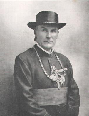 Bischof_Faulhaber_als_Feldpropst_1917_JS